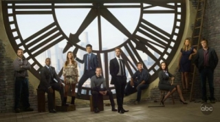 FlashForward -- Pictured (l-r): Brian F. O'Byrne, Courtney B. Vance, Peyton List, John Cho, Dominic Monaghan, Joseph Fiennes, Zachary Knighton, Christine Woods, Sonya Walger and Jack Davenport. -- ABC Photo: Bob D'Amico