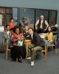 COMMUNITY -- Pictured: (l-r) front; Yvette Nicole Brown as Shirley, Joel McHale as Jeff, middle; Danny Pudi as Abed, Gillian Jacobs as Britta, Alison Brie as Annie, back row; Ken Jeong as Senor Chang, Donald Glover as Troy, Chevy Chase as Pierce -- NBC Photo: Mitchell Haaseth