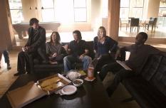 Timothy Hutton, Gina Bellman, Christian Kane, Beth Riesgraf & Aldis Hodge