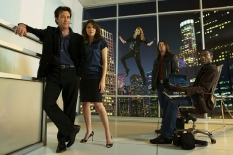 Timothy Hutton, Gina Bellman, Beth Riesgraf, Christian Kane & Aldis Hodge of Leverage on TNT