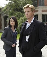 Robin Tunney & Simon Baker in The Mentalist on CBS. Photo: Courtesy CBS