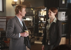 Simon Baker & Amanda Righetti in The Mentalist on CBS. Photo: Courtesy CBS