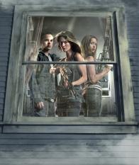 Thomas Dekker, Lena Headey & Summer Glau in T:TSCC - CR: FOX