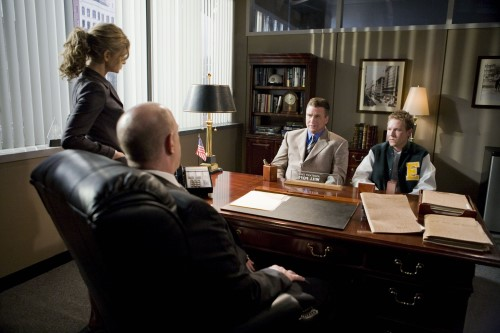 Sedgwick, Simmons, Freeman & Baldwin in The Closer S.4 Ep.3 - Photo CR: Karen Neal