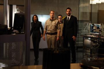 Richardson, Ferguson, Grayston & Quinn in Eureka S.3 Ep.1 - Photo CR: Liane Hentscher/Sci Fi