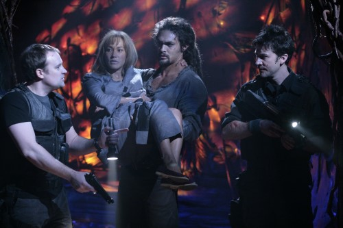 McKay, Teyla, Ronon & Sheppard Making Their Escape