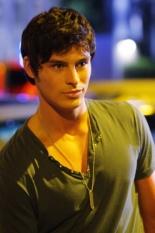 Adam Gregory in 90210 - Photo: Michael Diamond Desmond/The CW