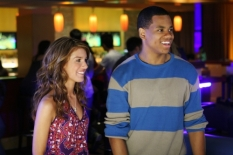 Shenae Grimes & Tristan Wilds in 90210 - Photo: Michael Diamond Desmond/The CW