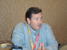 The CW\'s Arrow EP & Director David Nutter