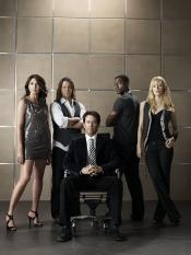 Gina Bellman, Christian Kane, Timothy Hutton, Aldis Hodge & Beth Riesgraf of Leverage on TNT