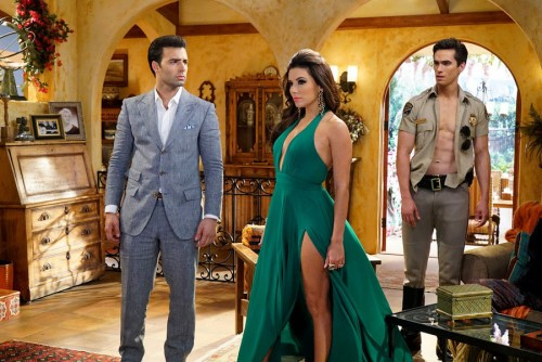 Photo of Canela, Longoria & Brooks in NBC's Telenovela