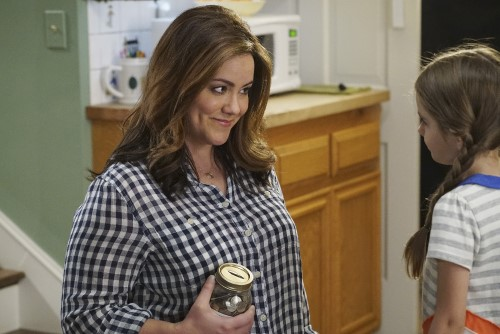 Kay Mixon and Julia Butter in American Housewife