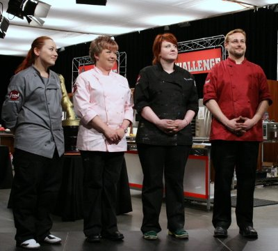 Debbie Goard, Brownwen Weber, Mary Mahar & Tad Weliczko in the Food Network The Simpsons Cake Challenge