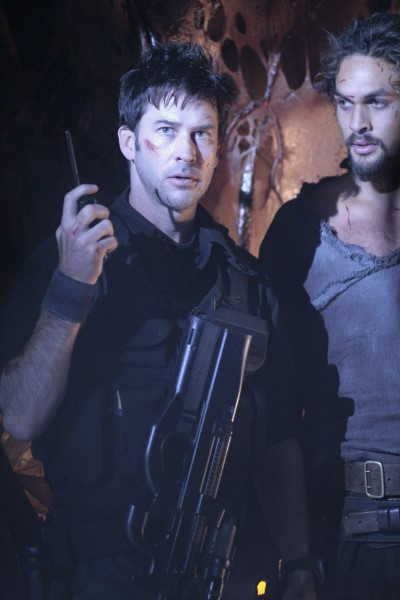 John & Ronon About to Blow the Hyperdrive on the Wraith Ship