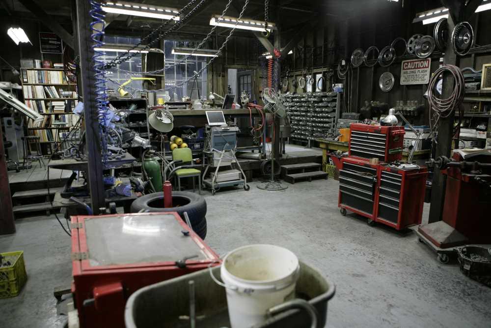 Henry's Garage Set